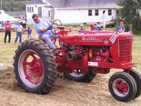 phil bell on tractor pull